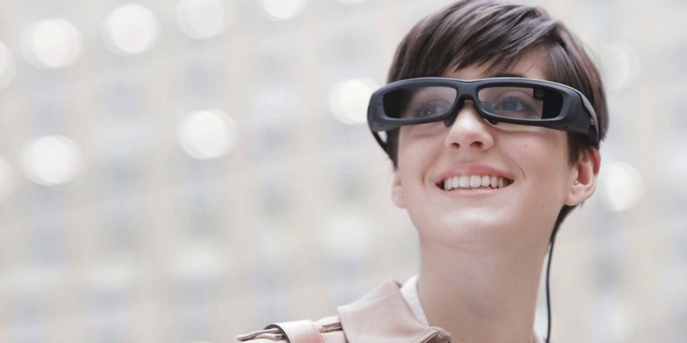 Sony bringt Datenbrille Smart Eyeglass auf den deutschen Markt.
