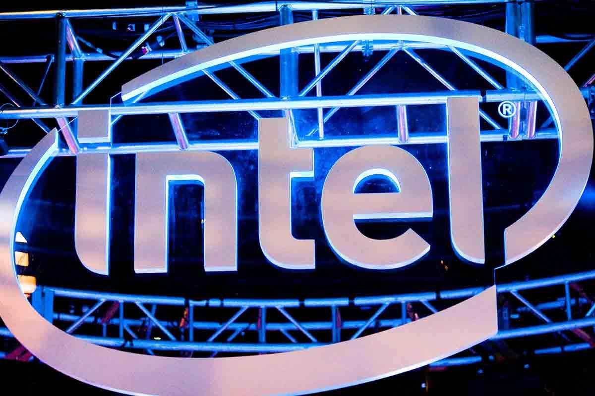 Intels VR-Chef glaubt, dass im kommenden Jahr noch mehr Virtual-Reality-Brillen auf den Markt kommen - und findet das gut.