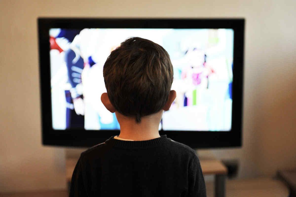 Die Langzeitauswirkung der VR-Brillen-Nutzung bei Kindern ist noch ein großes Fragezeichen. Oculus reagiert und setzt seine Altersfreigabe auf über 13 Jahren fest.