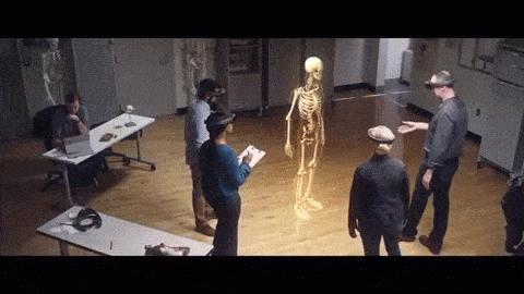 Anatomievorlesungen könnten zukünftig mit manipulierbaren Hologrammen stattfinden, anstelle von Kadavern.