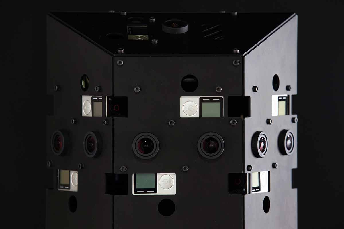 Die VR-Kamera PanptikonVR besteht aus insgesamt 14 GoPro Hero Black Kameras.
