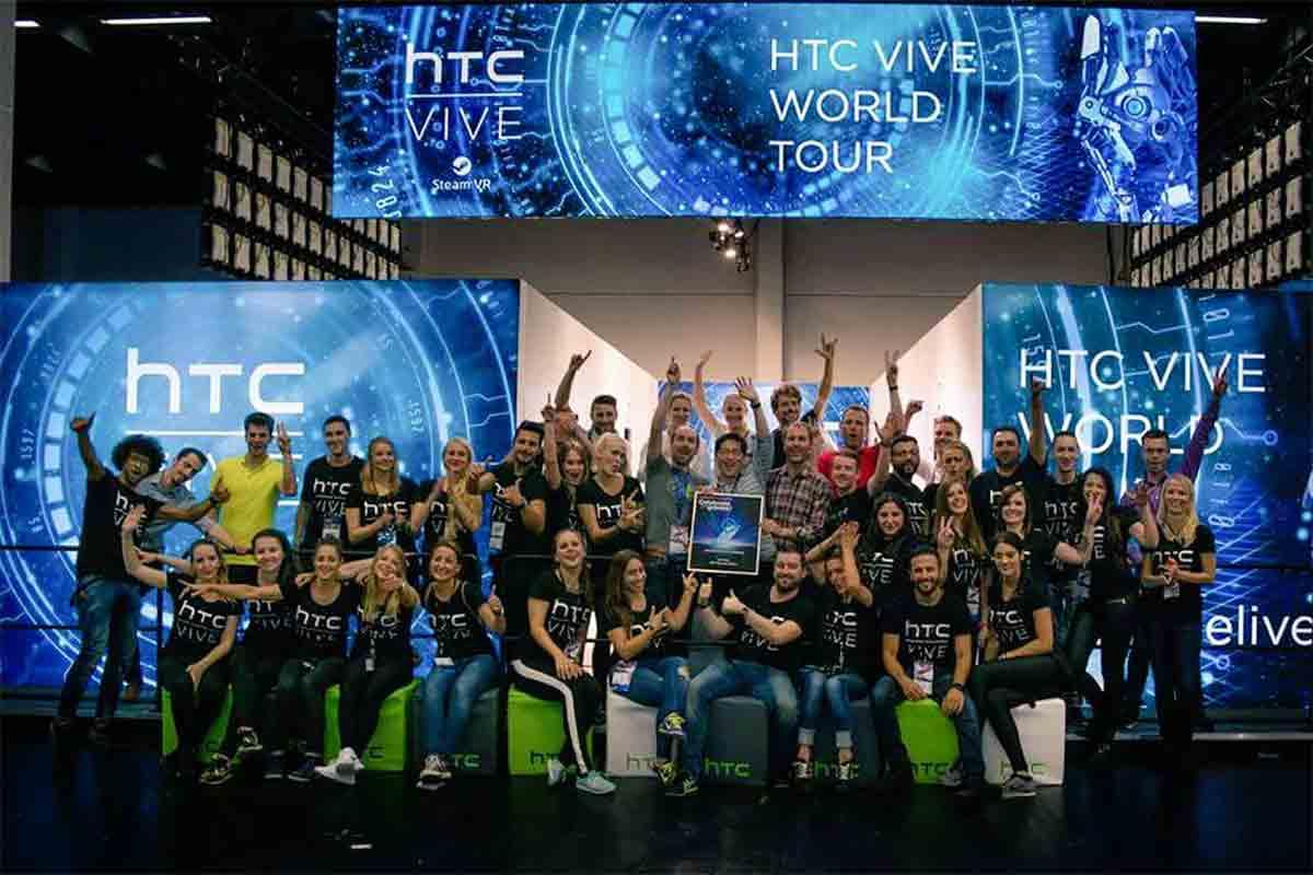 HTC Vive gewinnt den Preis für Beste Hardware auf der Gamescone 2015.