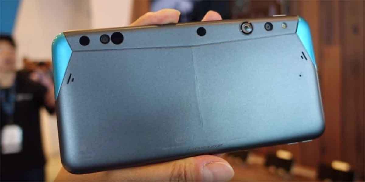 Google und Intel legen ihre Technologien zusammen und entwickeln ein Augmented-Reality-Smartphone mit Tiefenkamera.