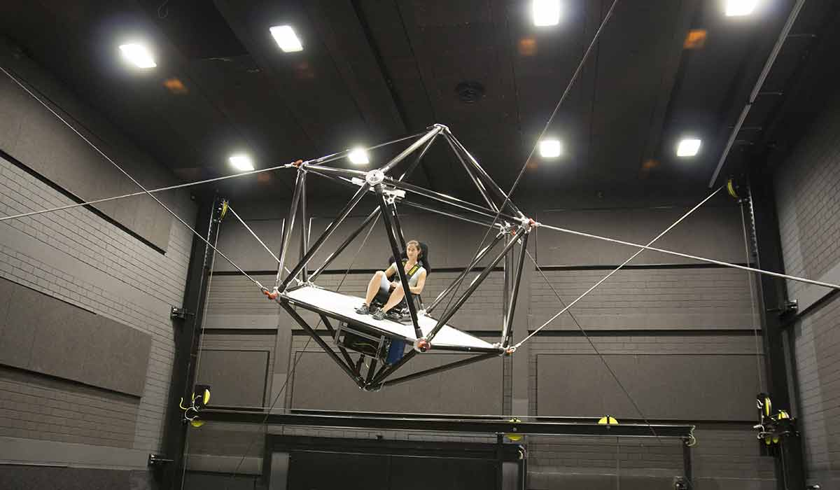 Seilroboter für VR-Simulation