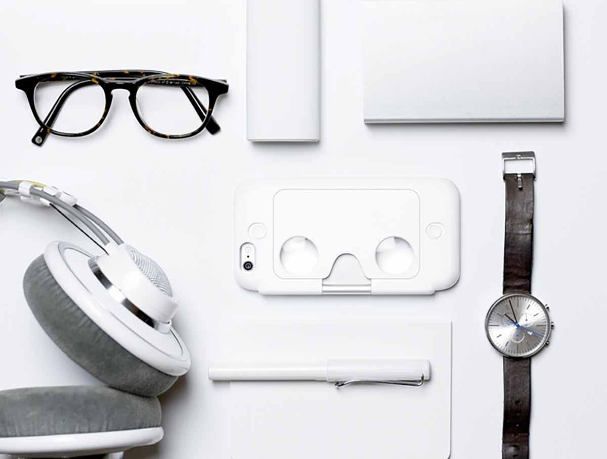 VR-Brille und iPhone-Case in einem - FIgment VR ist das perfekte Device für mobile VR.