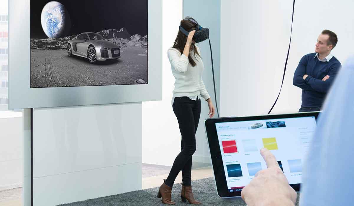 Audi nutzt Virtual Reality als verkaufsförderndes Instrument. Sowohl Oculus Rift als auch HTC Vive werden ab 2016 eingesetzt.