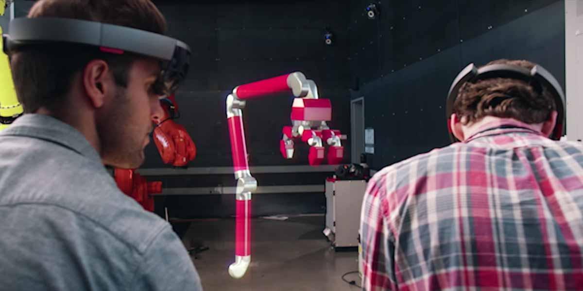 Hololens soll nicht nur für Spiele, sondern auch für Design und 3D-Konstruktion geeignet sein.