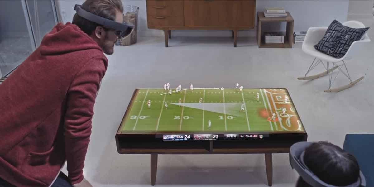 Wie schauen wir in einigen Jahren eine Sportübertragung mit Hololens? Microsofts Marketingabteilung lässt der Fantasie freien Lauf.