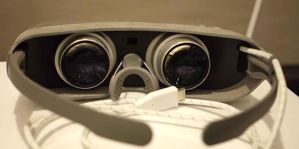 Mobile VR ist weiter auf dem Vormarsch: Jetzt steigt auch LG ein und präsentiert auf dem MWC eine neuartige VR-Brille und eine 360-Kamera.