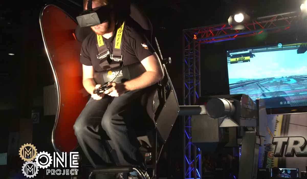 Virtual Reality: Gaming-Stuhl dreht sich in 360°