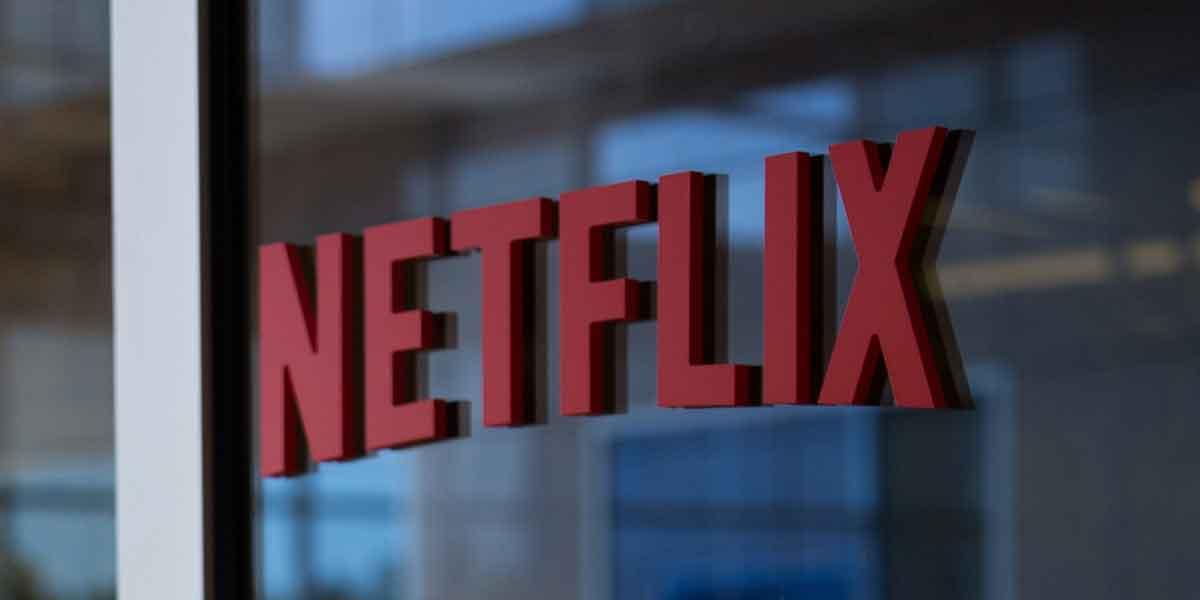 Netflix experimentiert zwar mit Virtual Reality, so wirklich überzeugt ist das Unternehmen vom neuen Format jedoch noch nicht.