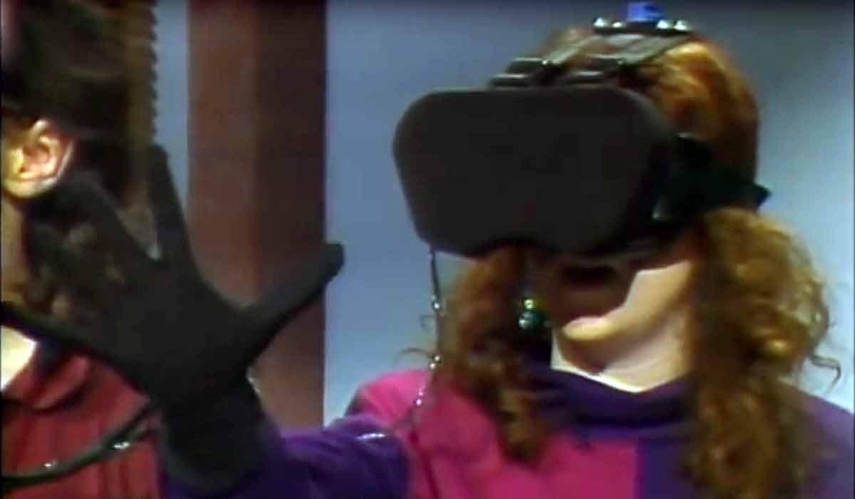 "Virtual Reality: Komplette Folge ""Computer Chronicles"" aus '92"