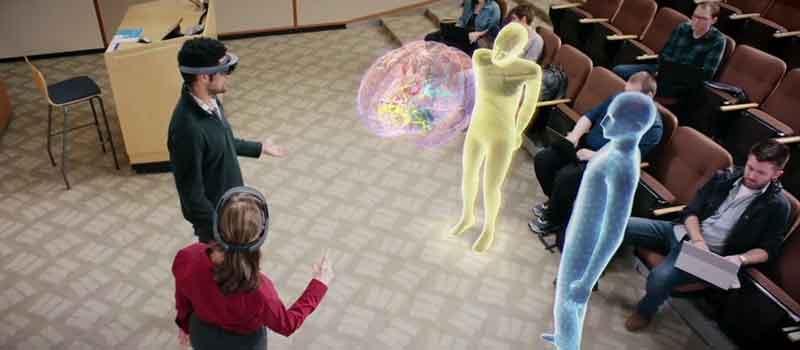Mit Hololens sollen Medizinstudenten schneller lernen. BILD: Microsoft