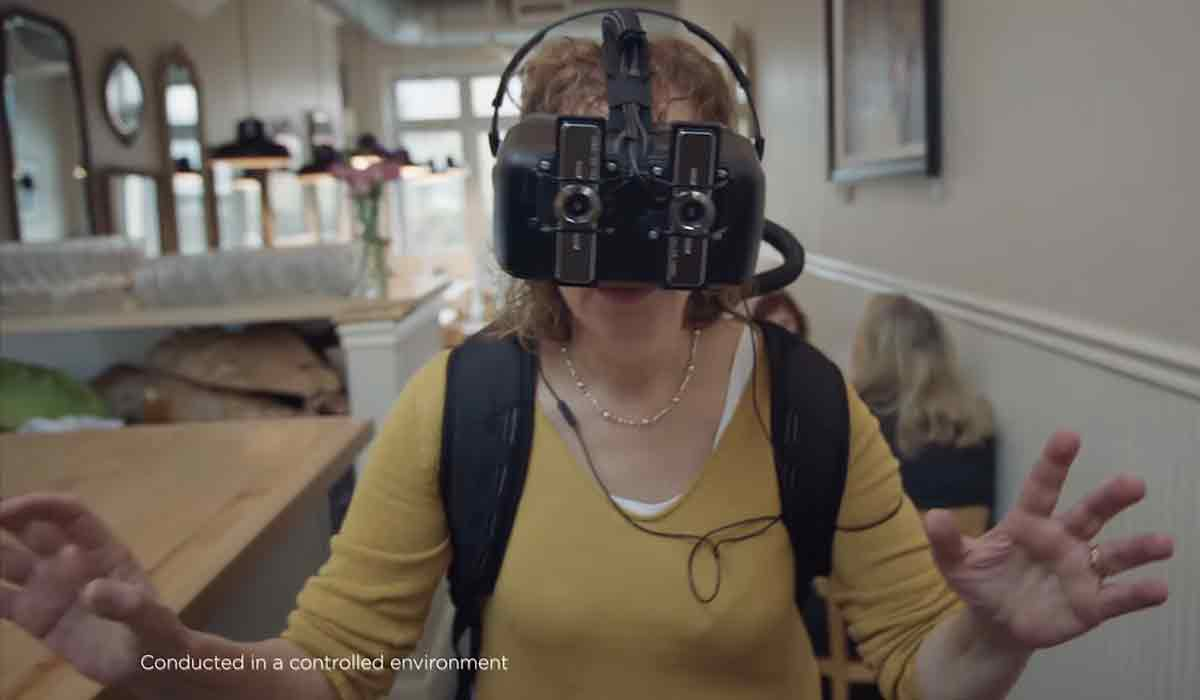 Mehr Empathie für Migränepatienten. Ein VR-Migränesimulator soll Nichtbetroffenen den Unterschied zwischen einfachen Kopfschmerzen und echter Migräne beibringen.