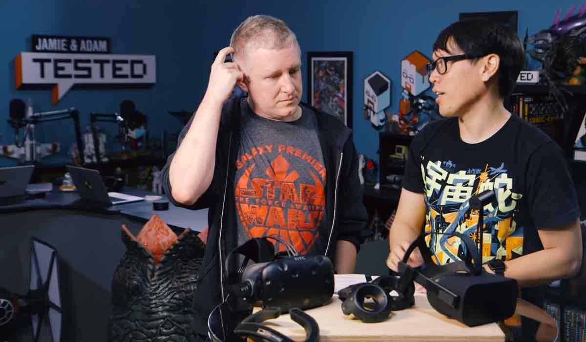 Tested vergleicht HTC Vive und Oculus Rift