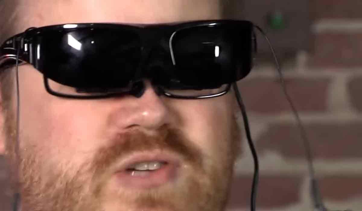 Retro: VR-Brille von Vuzix aus 2011 im Test