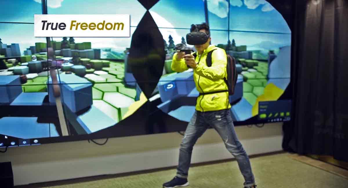 Kabel stören das Virtual-Reality-Erlebnis noch sehr. Die Lösung: Die PC-Hardware einfach auf den Rücken schnallen. Zotac will eine maßgeschneiderte Lösung anbieten.