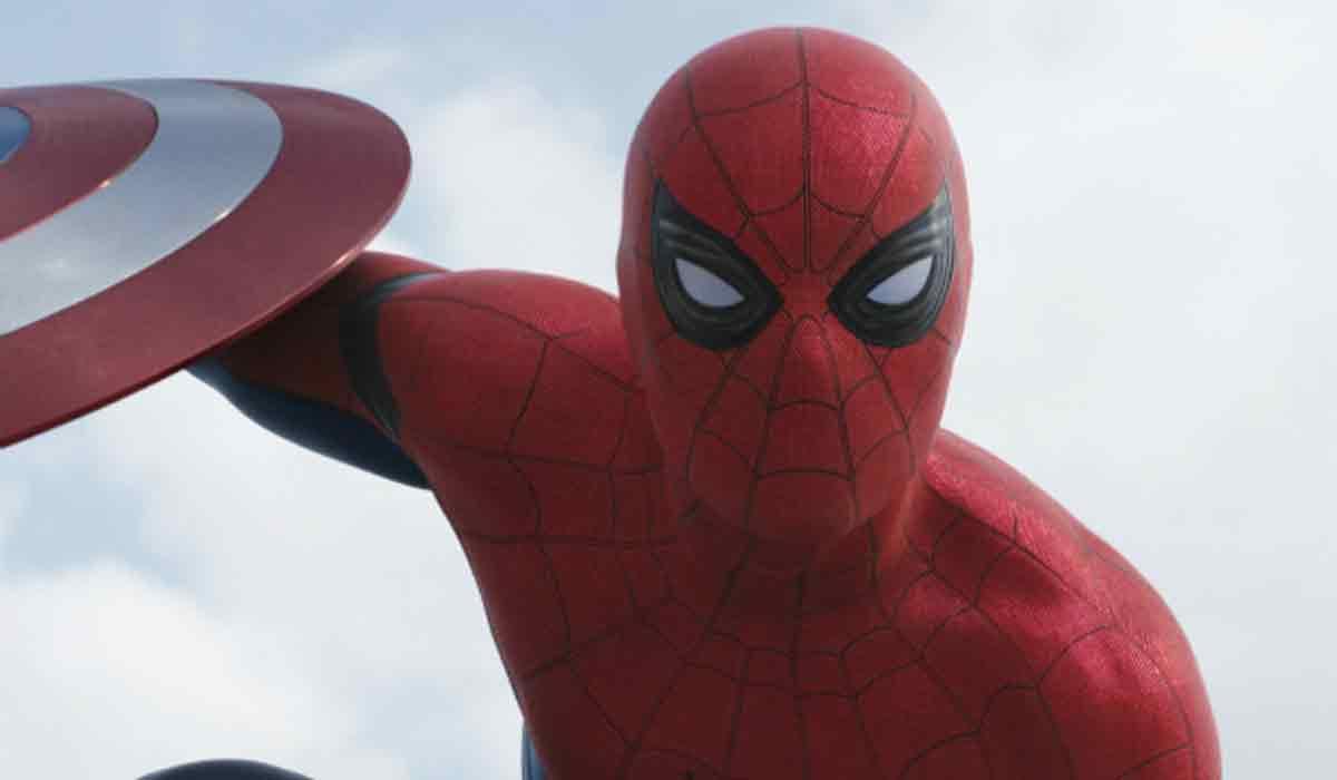Zum nächsten Avengers-Film könnte ein VR-Spinoff erscheinen.