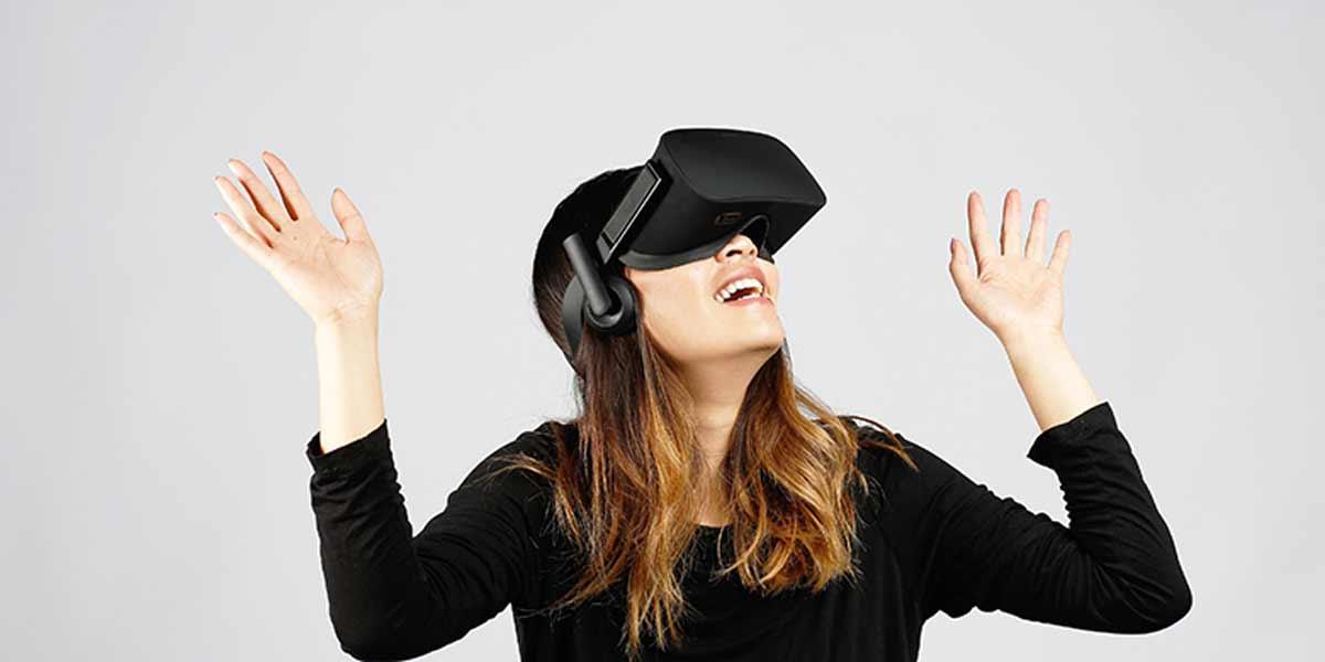 Wartende Vorbesteller von Oculus Rift müssen jetzt ganz tapfer sein: In den USA ist die Brille ab nächster Woche im Einzelhandel erhältlich.