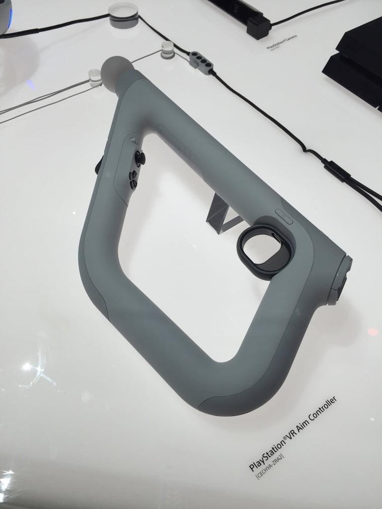Mischung aus Playstation Move und Gewehr: Der Aim-Controller von Sony. Bild: VRODO