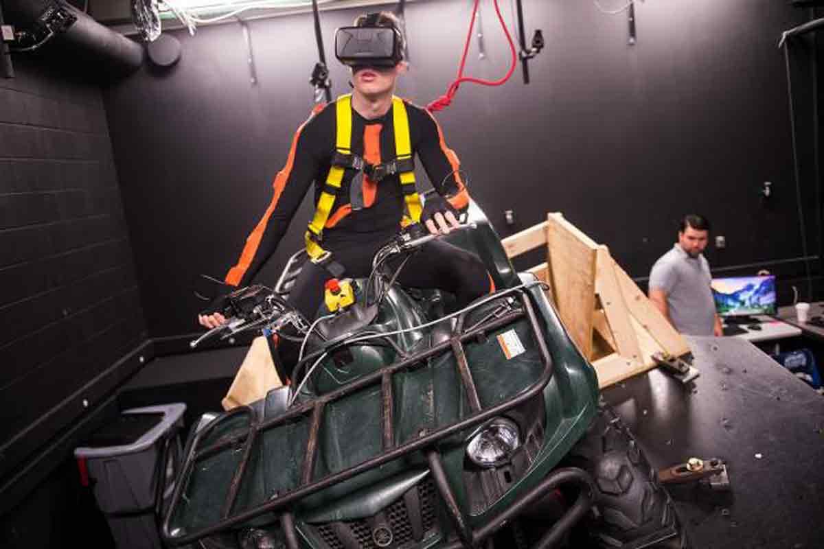 Zehn tödliche Unfälle mit ATVs passieren in Iowa jährlich. Mit einem Virtual-Reality-Simulator will die dortige Universität die Ursache finden.
