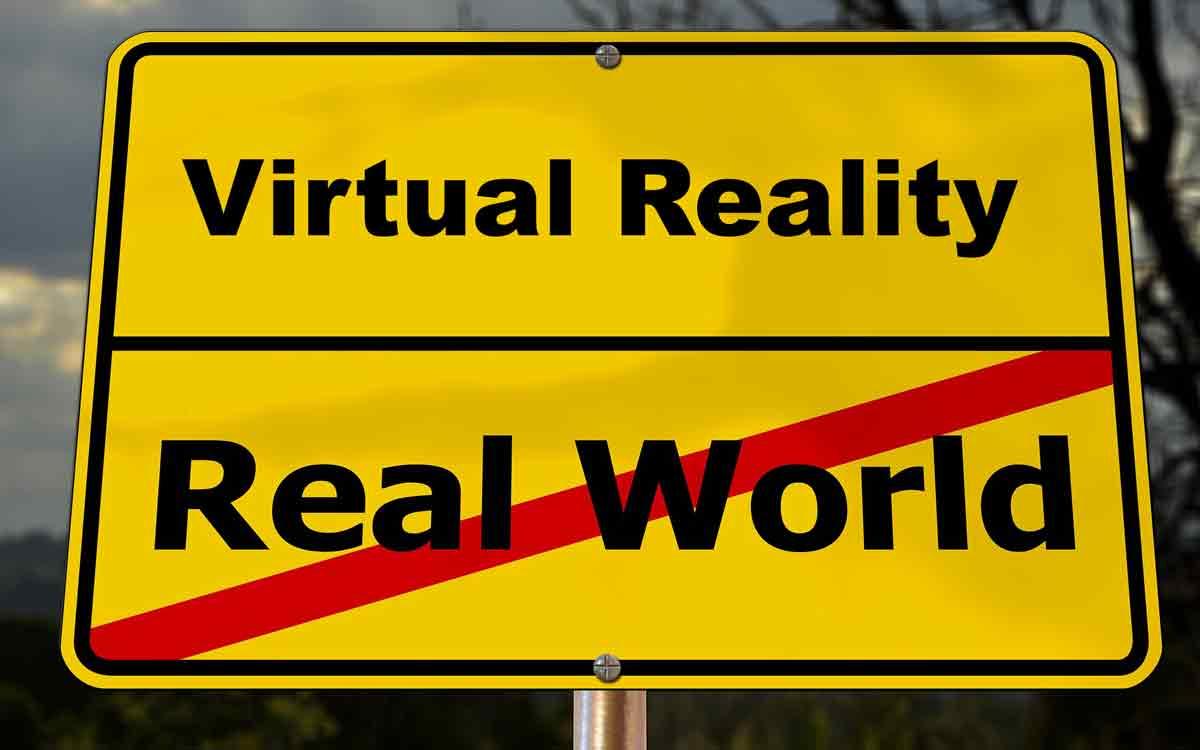Virtual Reality ist nicht gleich Virtual Reality - das erklärt uns Wissenschaftlerin Brenda Laurel, die den VR-Hype der 90er miterlebt hat.