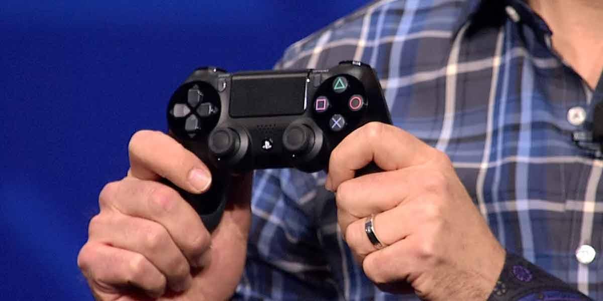 Sony schickt sich an, den gleichen Fehler wie Oculus VR zu begehen: Das herkömmliche Gamepad soll auch für VR-Spiele der Standard sein.