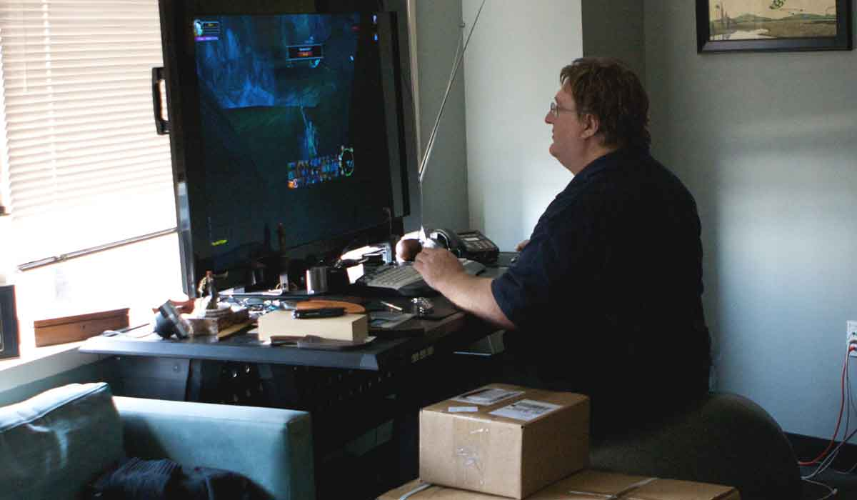Valves Gabe Newell erwartet neue VR-Displaytechnologien ab 2018