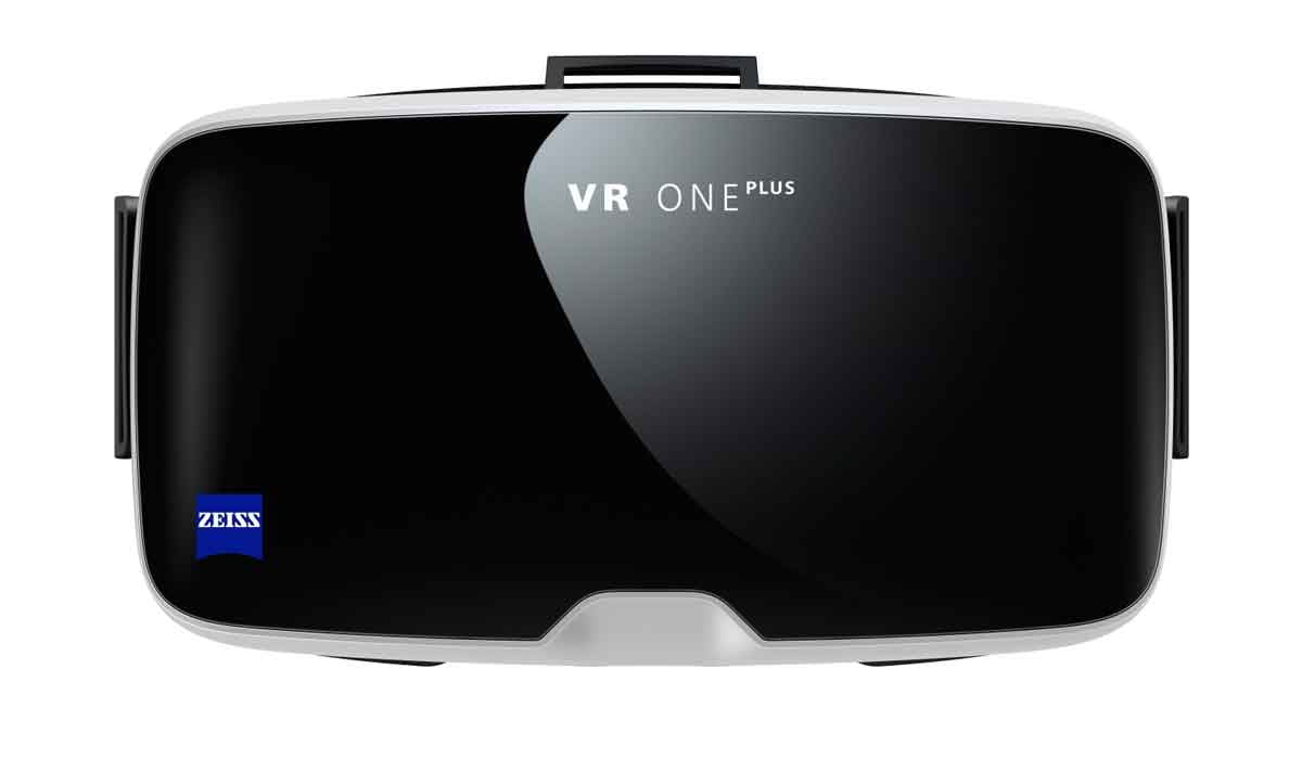 Zeiss präsentiert eine Neuauflage der Smartphone-Brille VR One. Die ist jetzt mit mehr Smartphones kompatibel.