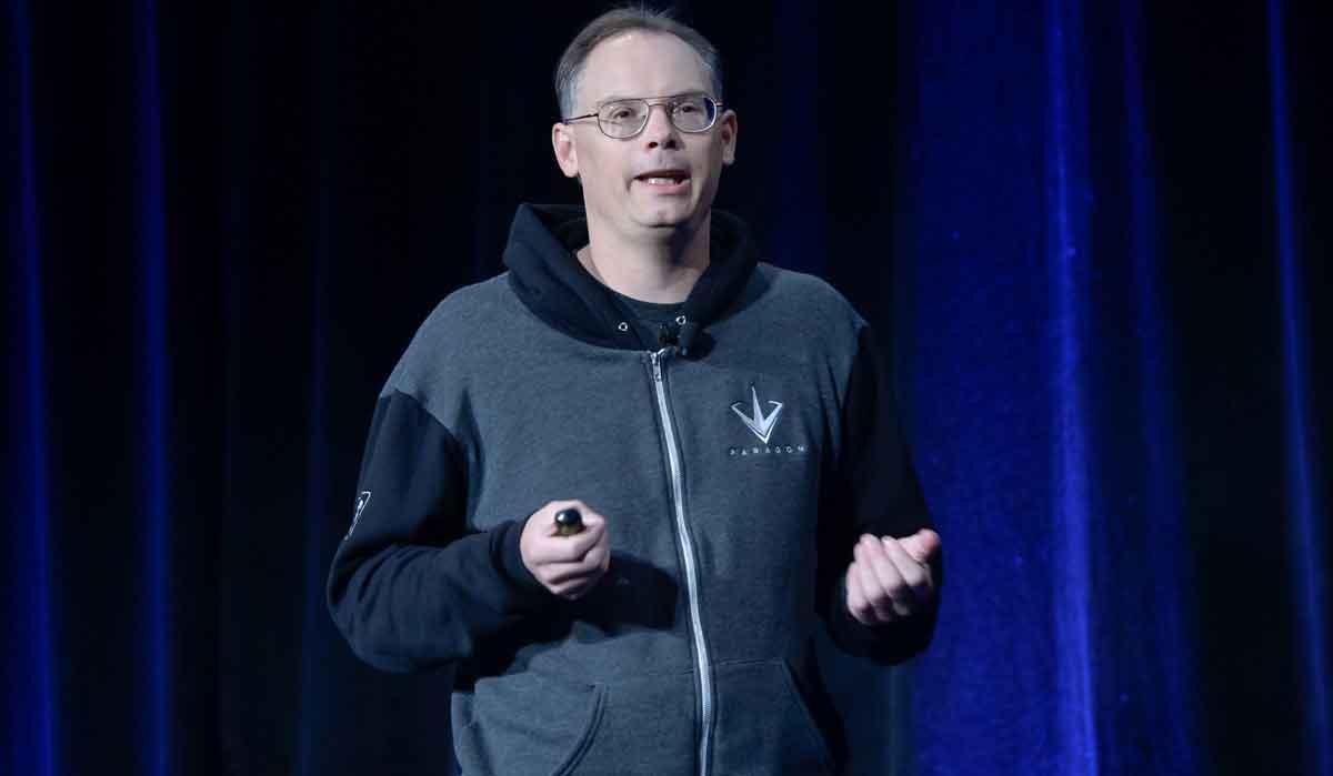 """Laut Tim Sweeney ist Valve-Chef Gabe Newell """"der klügste Mann der Industrie"""", weil er PC-Spielern mehr Entscheidungsfreiheit lässt."""