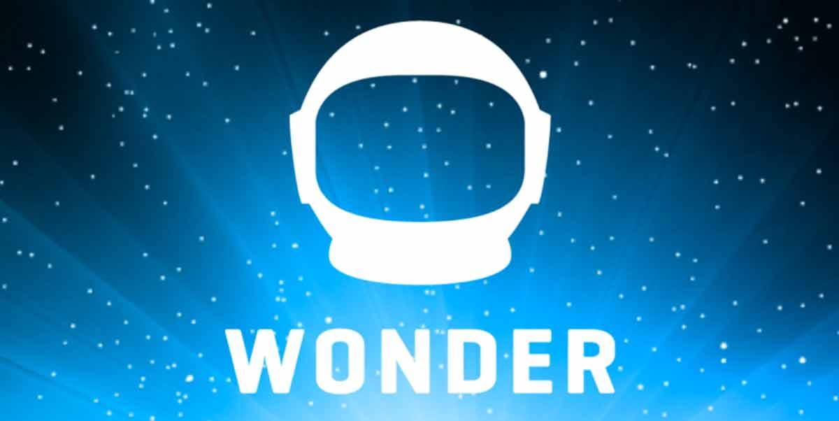 Atari-Gründer Nolan Bushnell und VR-Enthusiast Kevin Spacey unterstützen die Entwicklung eines neuen Smartphones mit VR-Features.