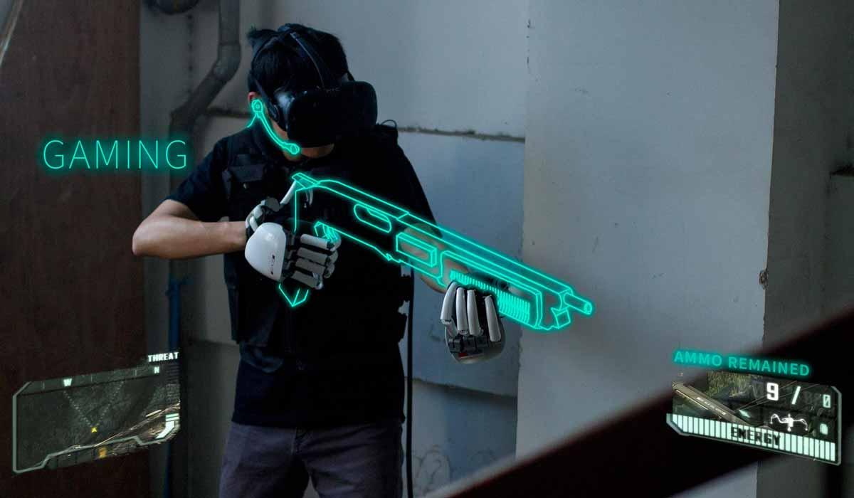 Virtual Reality: Exo-Handschuh macht virtuelle Objekte fühlbar