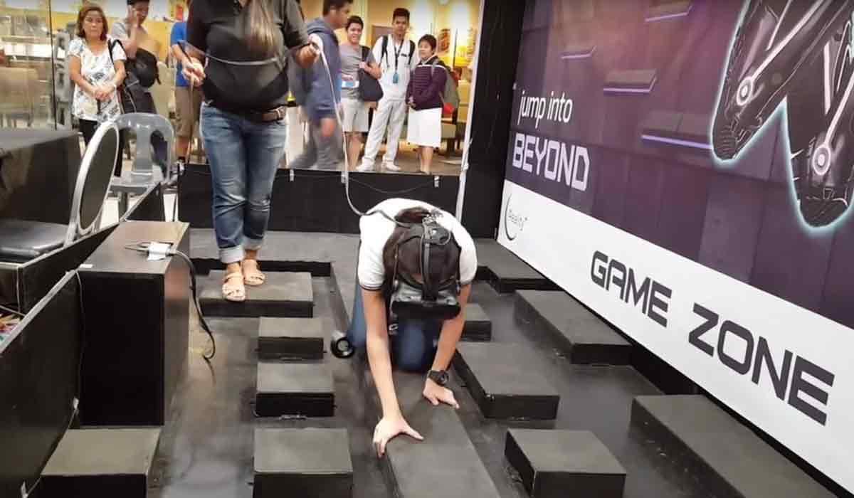 Virtual-Reality-Arcade auf den Philippinen fordert Hobby-Akrobaten heraus