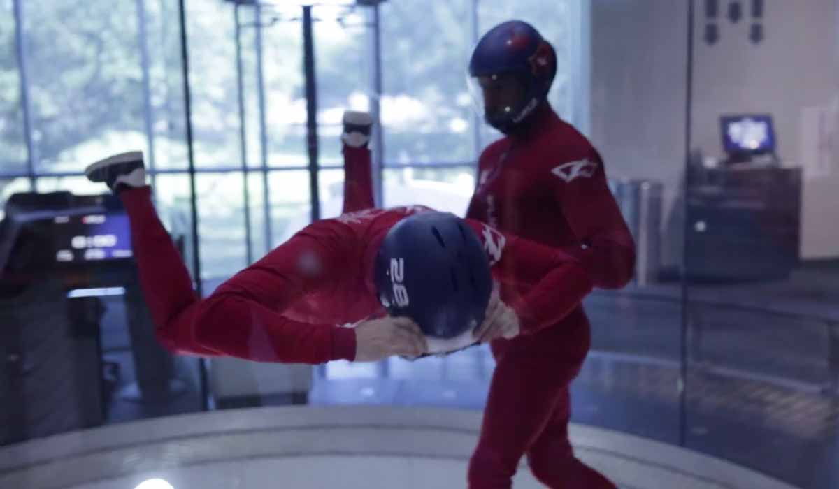 Virtual Reality: Skydiving mit Samsung Gear VR im Windtunnel
