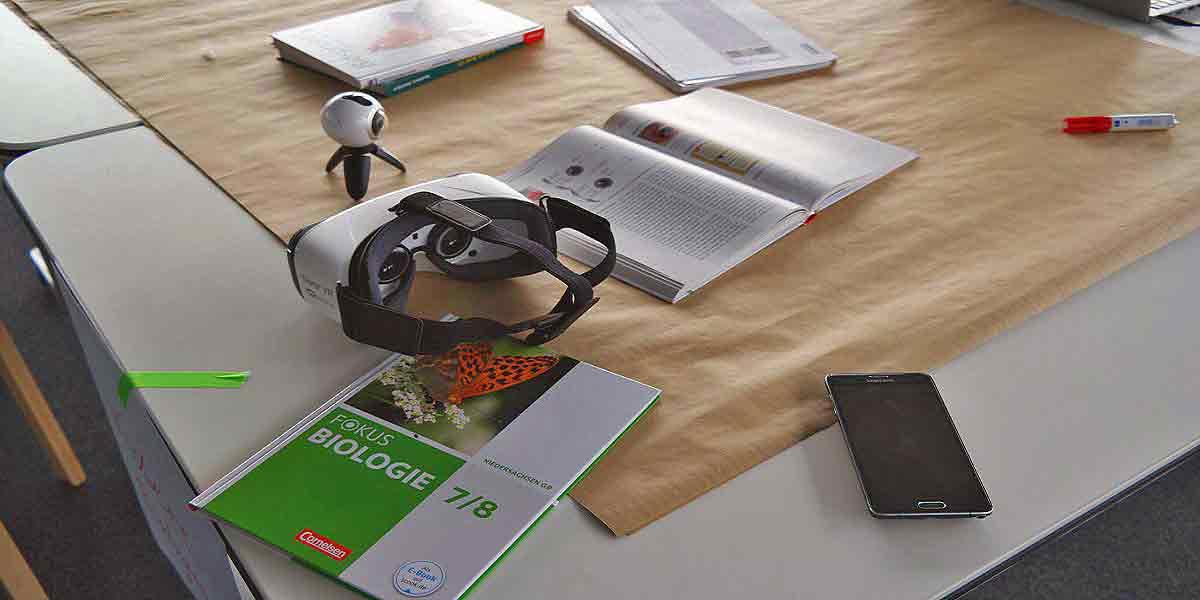Ab Herbst erproben Samsung und der Cornelsen Verlag Virtual Reality im Biologieunterricht und evaluieren den Lernerfolg.