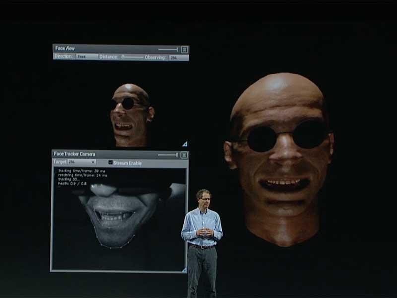 Ein Sensor filmt das Lächeln und überträgt es auf das 3D-Modell. BILD: Oculus VR
