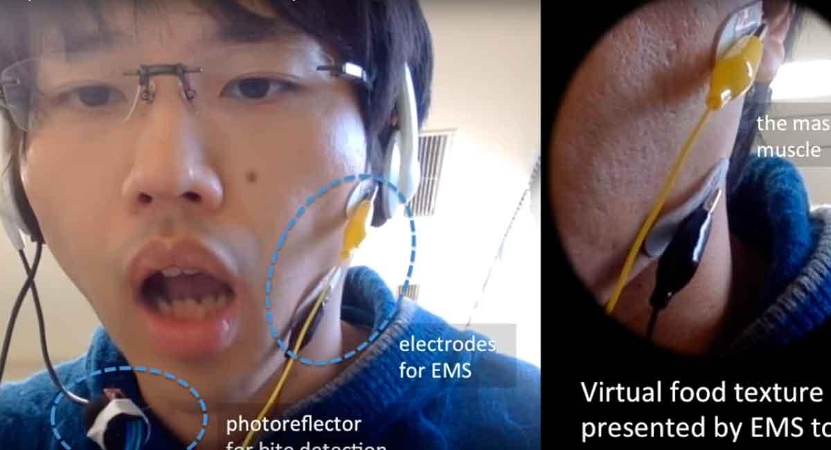Kausimulator für Virtual Reality: Elektroden stimulieren Kiefermuskel