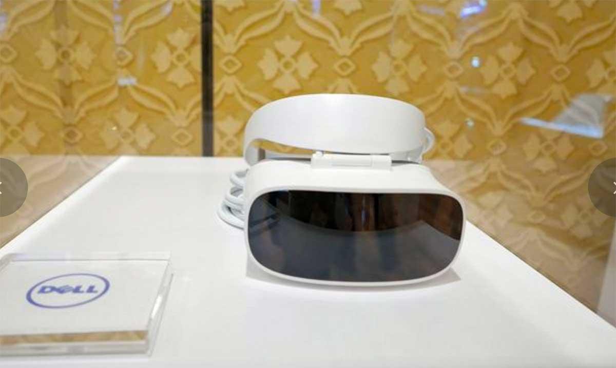 Windows VR: Neue Bilder von VR-Brillen auf der CES 2017