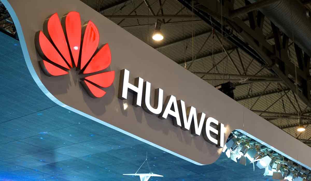 Huawei stellt ehemaligen Oculus-Forscher ein, plant Tango-Smartphone