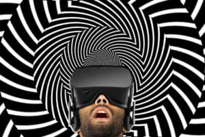 Was tun, wenn der Partner partout nicht aus der Virtual Reality zurückkehren will? Eine Ultraschall-Pistole beendet den VR-Trip ganz schnell.