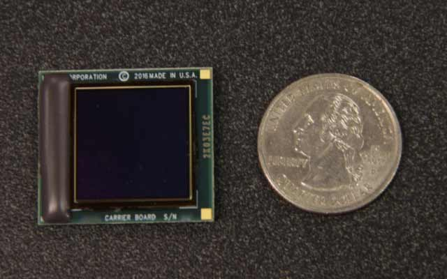 Ein hochauflösendes Display so klein wie eine Münze: Bild: Kopin