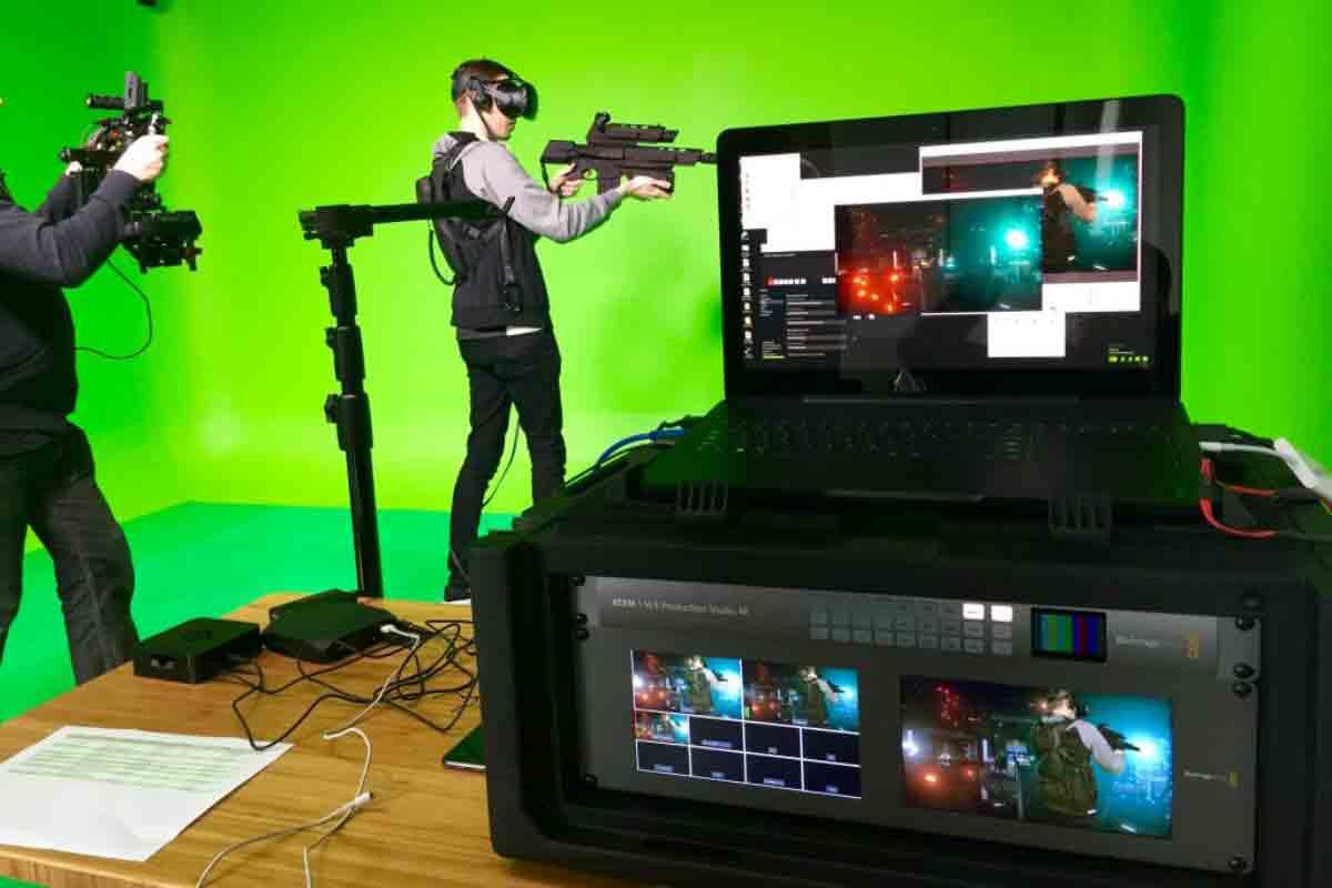 Entwickler zeigen Entwicklern, wie man Anwendungen für Vive Tracker baut. Die Anleitungen sind kostenlos im Internet verfügbar.