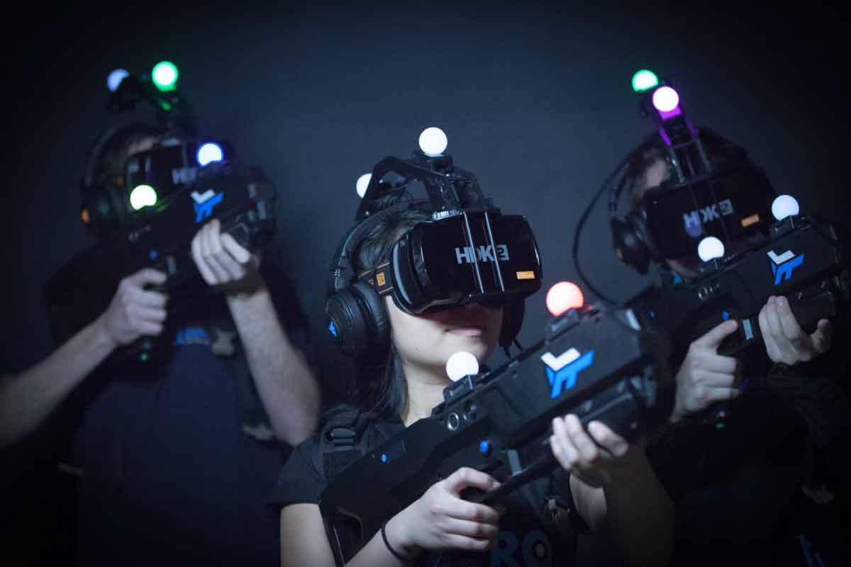 Schon seit drei Jahren arbeitet Zero Latency an der VR-Spielhalle der Zukunft. Ein US-Blog konnte die neue Spielhalle ausprobieren.