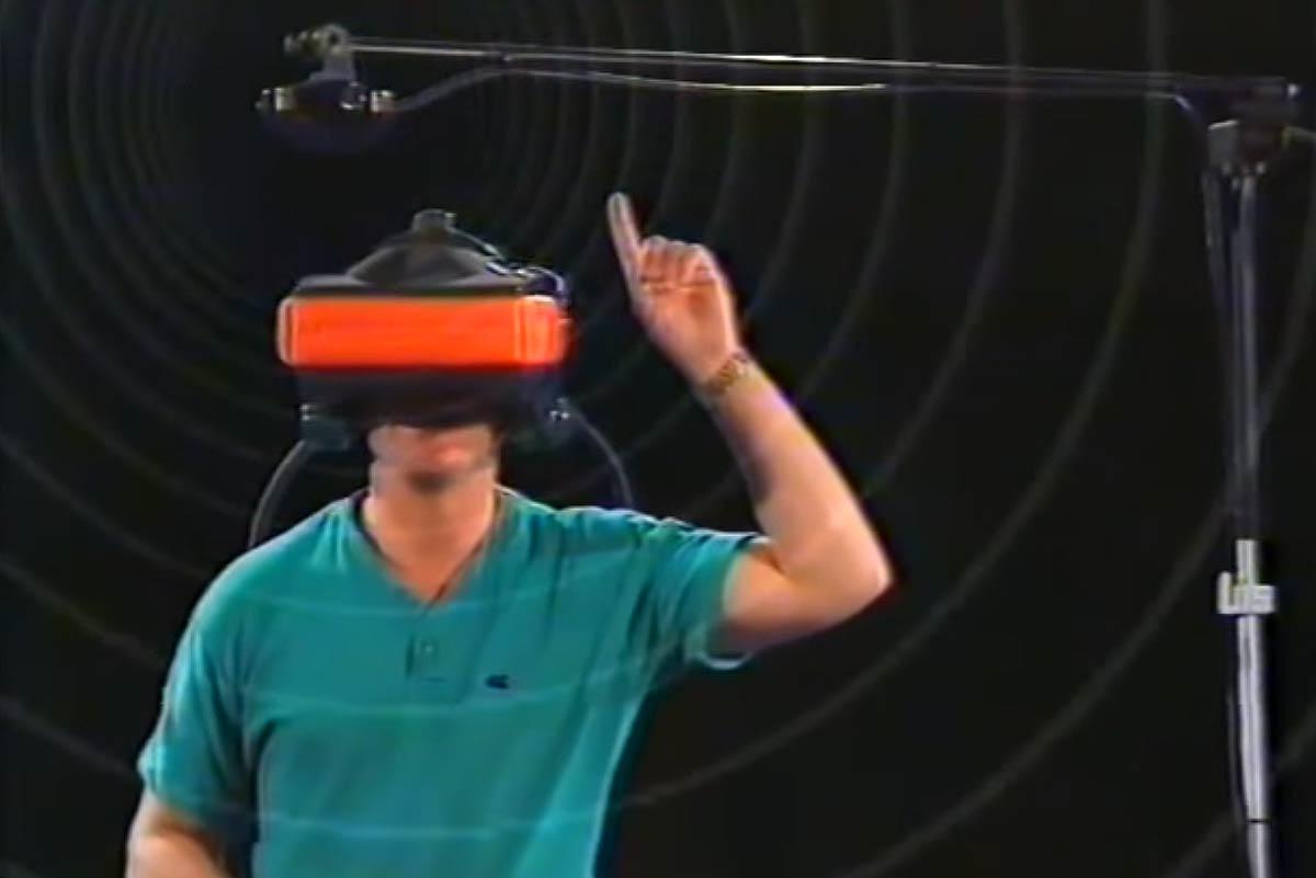 Zwei VR-Pioniere sehen Parallelen zwischen damals und heute bei Berichterstattung, Werbung und Marktentwicklung.