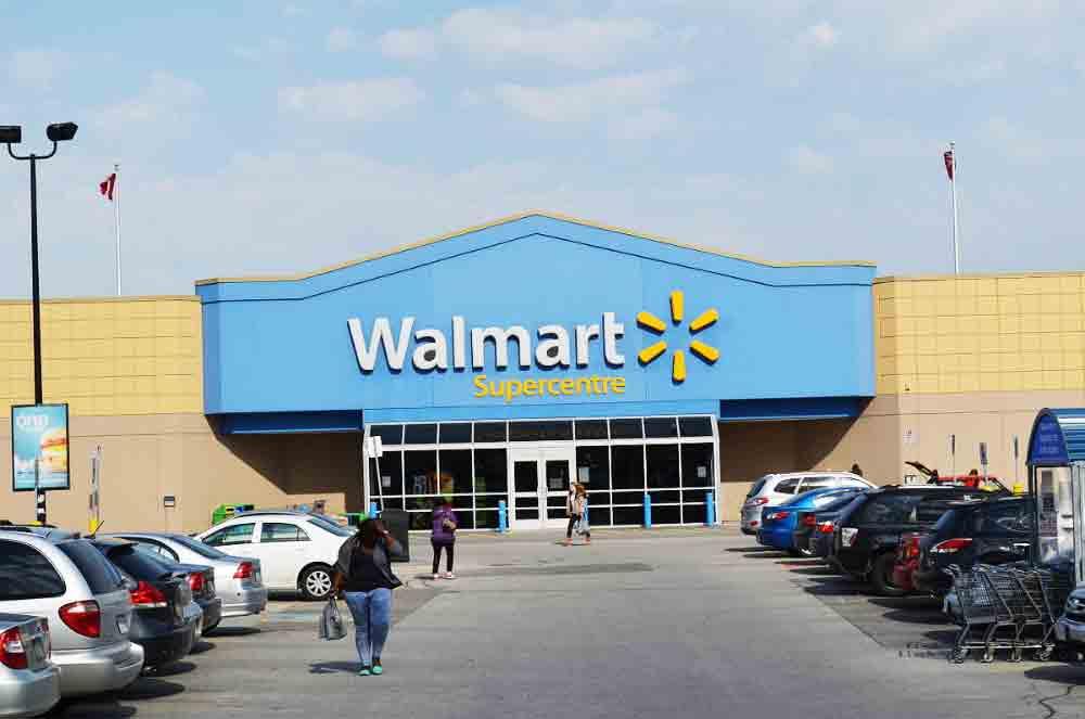 Die US-Einzelhandelskette Walmart wird ab 2018 jährlich 150.000 Mitarbeiter mit Virtual Reality ausbilden.