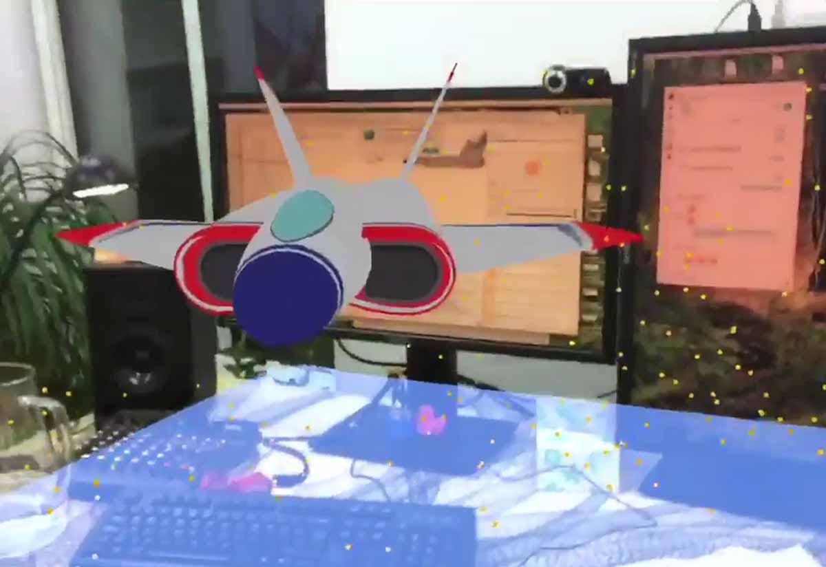 Ein Video zeigt, wie das iPhone samt ARKit die Umgebung in Echtzeit scannt. Der Vergleich zu Hololens und Tangos 3D-Scanning ist interessant.