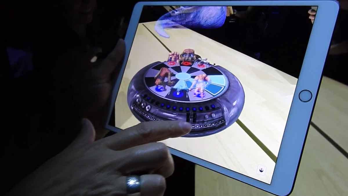 Soft- statt Hardware: Apple will die herkömmliche Smartphone-Kamera zum Startpunkt der eigenen Augmented-Reality-Strategie machen.