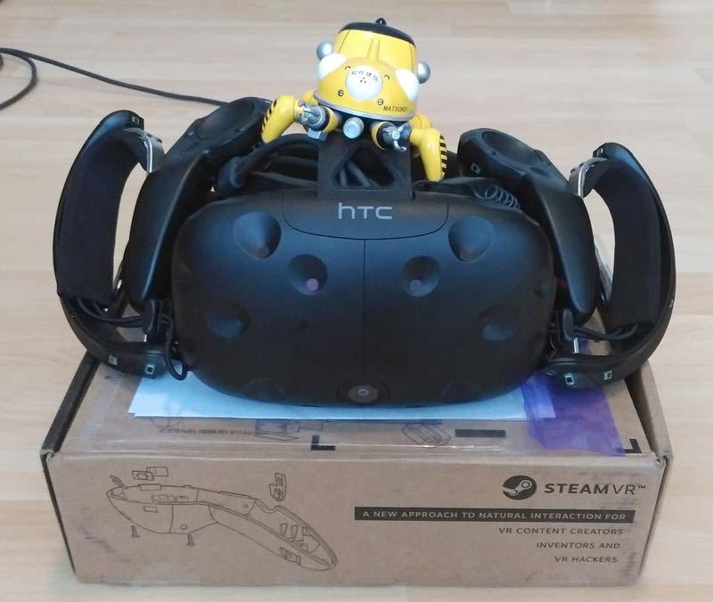 Jules Blok bekommt von Valve ein Paar der neuen 3D-Controller geschenkt. Bild: Blok