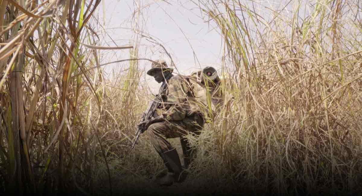 """Die 360-Doku """"The Protectors: Walk in the Ranger's Shoes"""" zeigt in eindrucksvollen Bildern, wie in Afrika ums Elfenbein gefochten wird."""