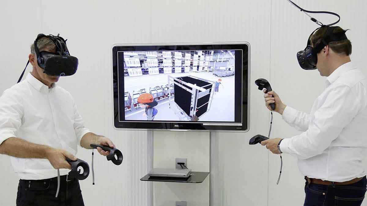 """Dank des """"Digital Reality Hub"""" können sich Mitarbeiter unabhängig vom realen Standort in der Virtual Reality treffen, um Wissen auszutauschen."""